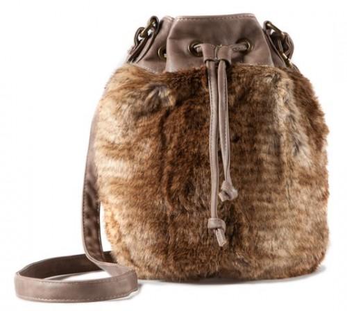 Сумки Pull and Bear - сезон осень/зима 2011.