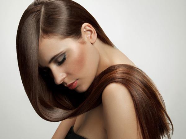 Jak zadbać latem o włosy?
